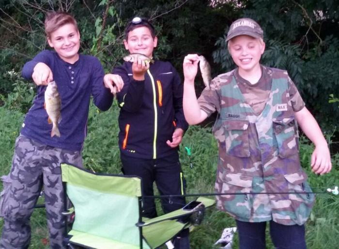 2016_07_08 Aalfischen Jugend Barsche_