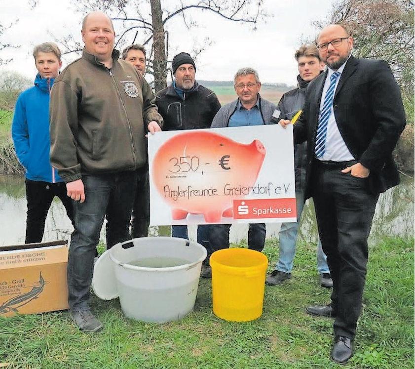 Aalbesatz durch Sparkasse Höchstadt unterstützt ...